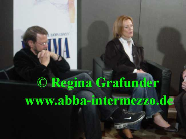 Frida and Björn giving one of many interviews, October 21, 2007 - © Regina Grafunder