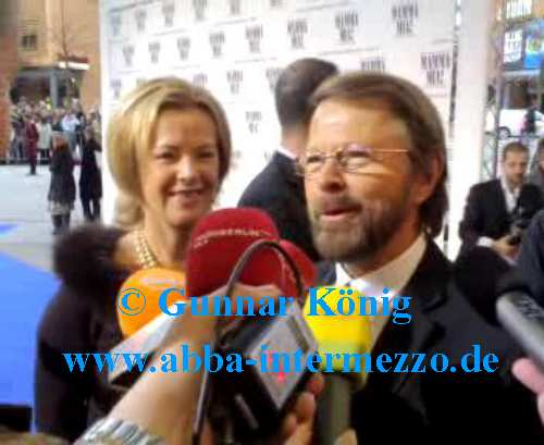 Frida and Björn arriving at the blue carpet - © Gunnar König