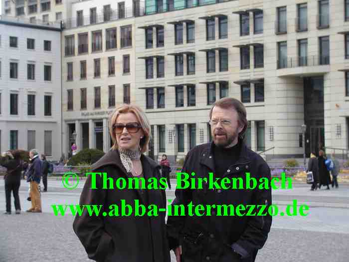 Frida and Björn in Berlin during a sightseeing tour, October 20, 2007 - © Thomas Birkenbach