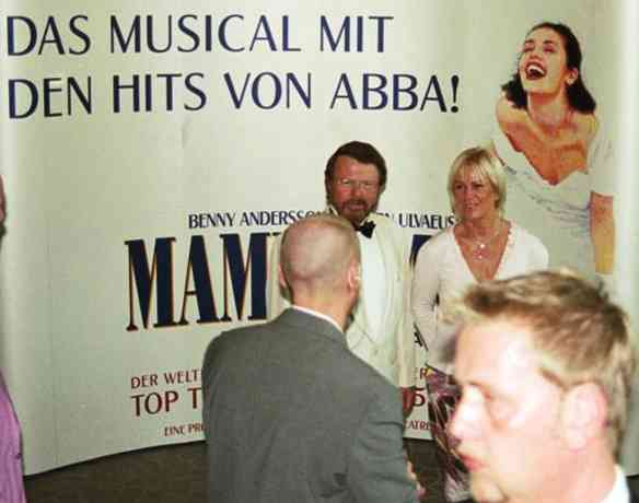 Björn and Frida in the theatre - © Klaus Will