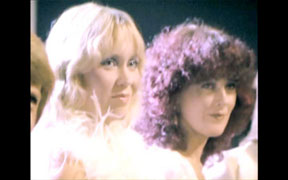 Super Trouper Deluxe